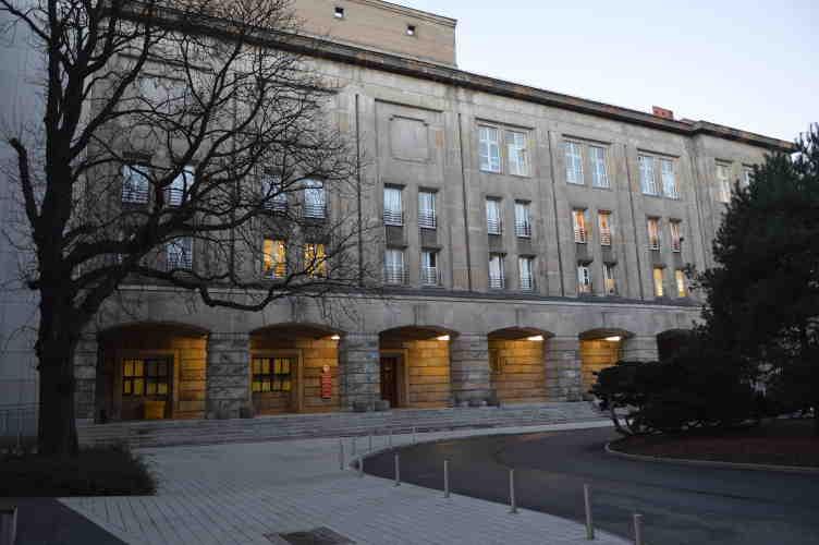 Budynek D2